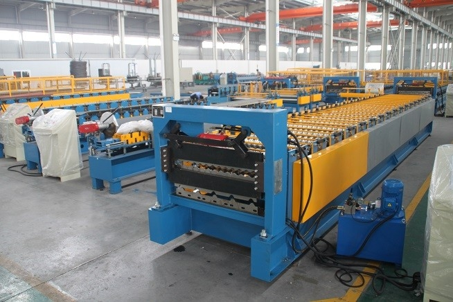 tôlerie roll formant des machines